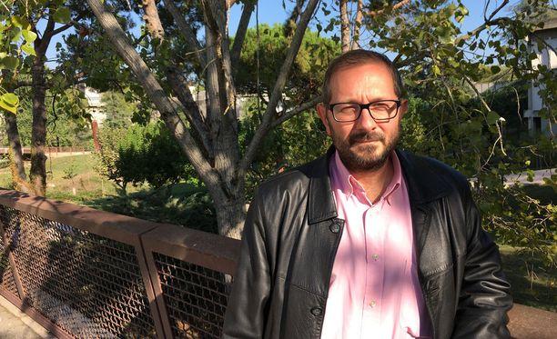 Rafael Arenas on julkaissut yli 150 tieteellistä artikkelia kansainvälisestä oikeudesta.