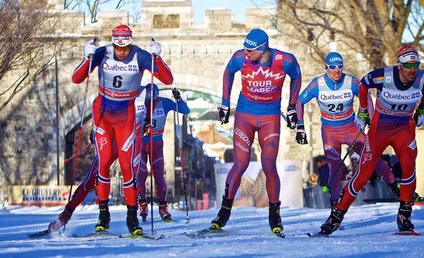 Ola Vigen Hattestad ja Sergei Ustjugov eivät ystävystyneet Quebecin sprinttiladulla.