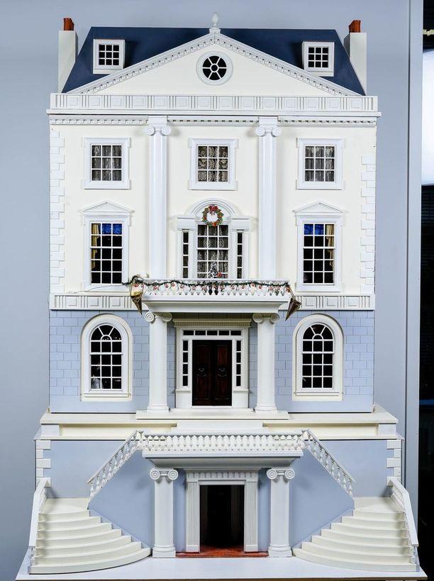 Talon arvon sanotaan olevan yli 50000 euroa. Sen lähtöhinta on 6500 euroa.