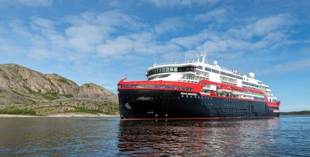 Laiva, jossa tartunnat todettiin on MS Roald Amundsen.