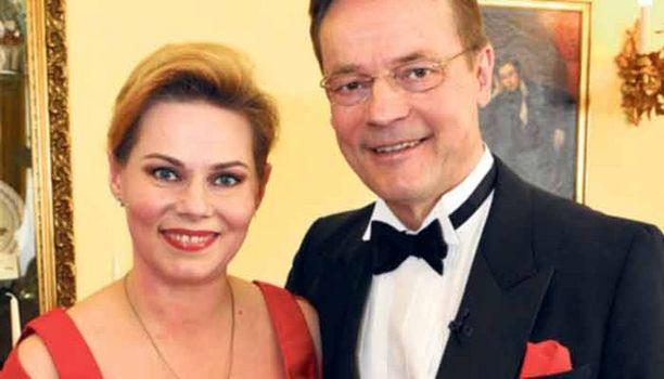 Timo T.A. Mikkosen mielestä hänen perhettään kuvannut tv-ohjelma oli silkka Hollywoodia.