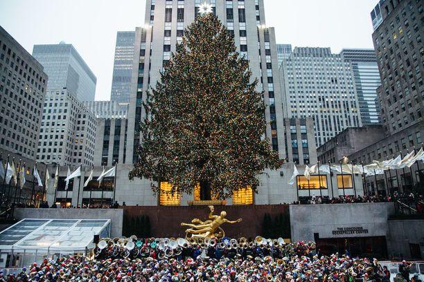 Rockefeller Center on suosittu turistinähtävyys Manhattanilla.