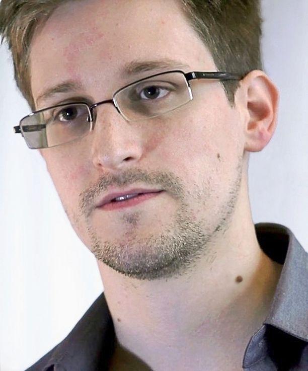 Edward Snowden, 33, pakeni Moskovaan vuodettuaan valtavan määrän tietoa NSA:ltä kesällä 2013.