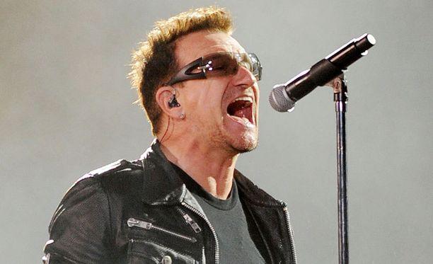 Bono ja kaverit puuhaavat uutta levyä.