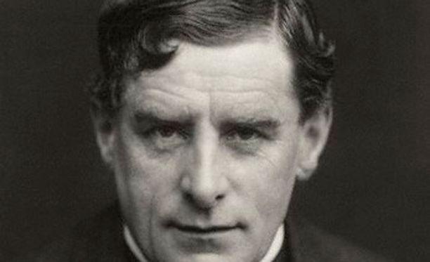 Walter Sickert oli haltioitunut Viiltäjä-Jackin myytistä, ja Cornwellin mukaan se johtui siitä, että hän oli Viiltäjä-Jack. Kuva vuodelta 1911.