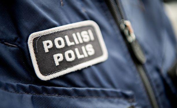 Poliisilla on käynnissä vahingontekotehtävä Helsingin Haagassa. Kuvituskuva.