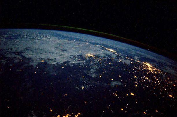 Rio de Janeiro ja Sao Paulo kansainväliseltä avaruusasemalta kuvattuna.