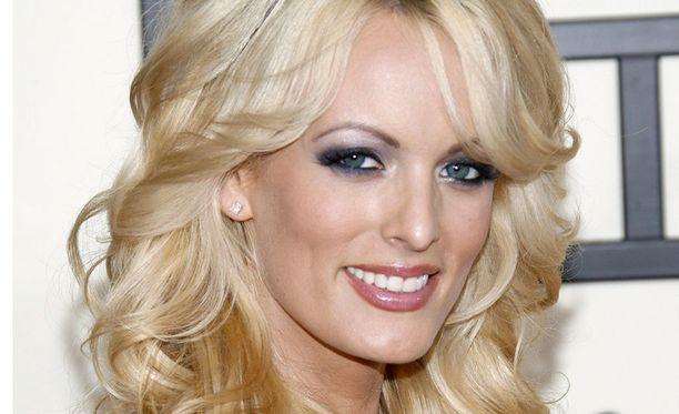 Entinen pornotähti Stormy Daniels pidätettiin aiemmin tässä kuussa Ohiossa strippiklubilla. Hän uskoo tapauksen liittyvän väitettyyn salasuhteeseensa presdientti Donald Trumpin kanssa.