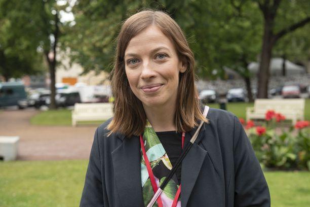 Opetusministeri Li Anderssonin mukaan opintotukijärjestelmässä olisi kehitettävää.