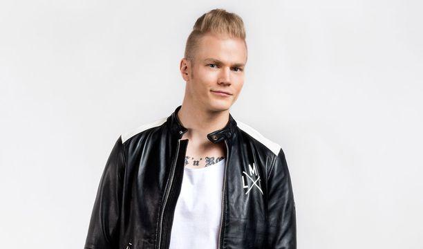 Lauri Yrjölä.