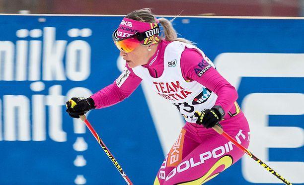 Riitta-Liisa Roponen suksi kolmanneksi yhdistelmäkisassa.