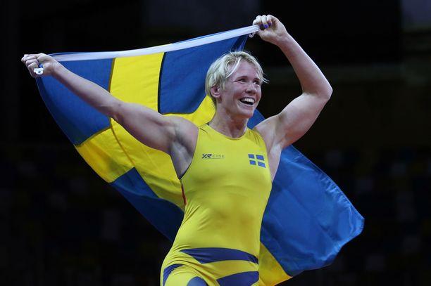 Jenny Fransson heitettiin ulos Tokion olympialaisiin valmistautuvasta ryhmästä.