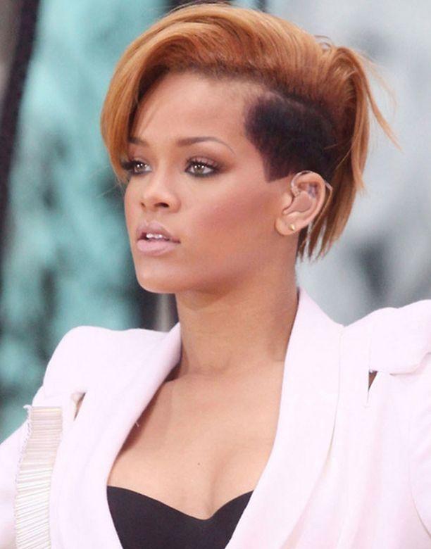 Rihannan poikaystävälleen lähettämät kuvat päätyivät nettiin kaikkien katseltavaksi.