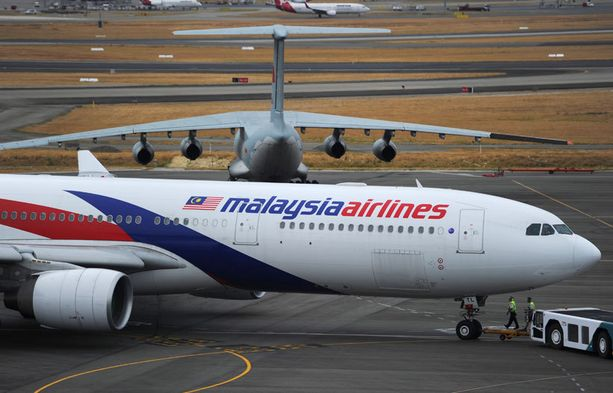 Malaysia Airlinesin lento MH370 katosi jäljettömiin kolme kuukautta sitten.