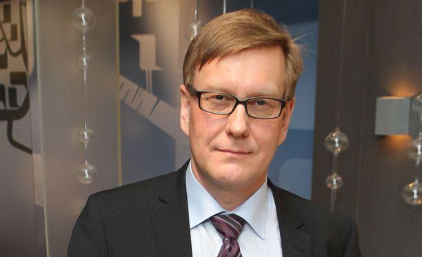Ylen entinen uutis- ja ajankohtaistoiminnan johtaja ja vastaava päätoimittaja Atte Jääskeläinen sanoo, että kun ei ole selkeitä suunnitelmia, voi avautua sellaisia maailmoja, joita ei tiennyt olevan olemassakaan.