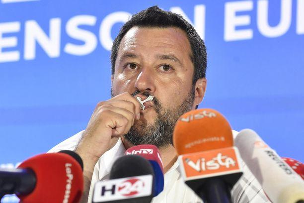 Matteo Salvinin puolue menestyi eurovaaleissa niin pohjoisessa kuin etelässä.