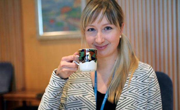 Pipsa Öhman on Veikkauksen tiedottajana kahvittanut lukuisia suurvoittajia.