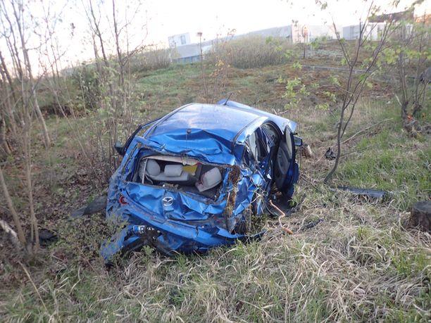Tältä auto näytti ulosajon jälkeen.