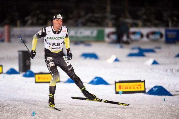 Perttu Hyvärinen voitti Vantaan Suomen cupin osakilpailun tiistaina Hakunilan laduilla.