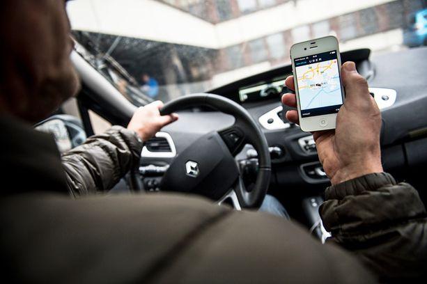 Iltalehti haastatteli helmikuussa neljää Uberin POP-palvelua sivutöikseen ajavaa miestä. Uber aloitti toimintansa Helsingissä marraskuussa.