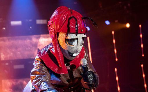 Masked Singer -ohjelmasta putosi Murkku: maskin takana oli Duudsoni!