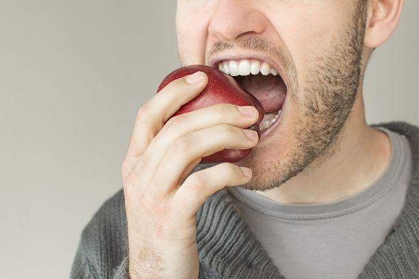 Omenan happamuus voi ärsyttää virtsarakkoa, etenkin jos virtsavaivoja on jo ennestään.