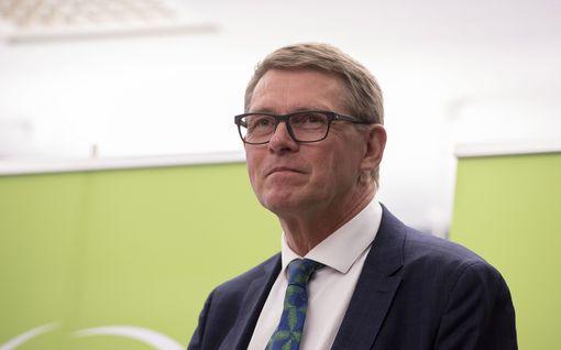 Matti Vanhanen palaa elokuussa pätkäpääministeriksi – näin ministerit lomailevat kesällä