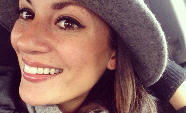 Rakastunut Jasmin Mäntylä on edelleen Australiassa.