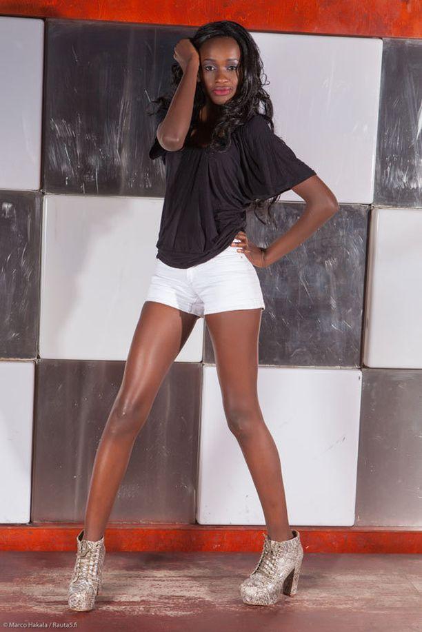 Ryhmän johtohahmo on 180-senttinen Elizabeth Wambui.