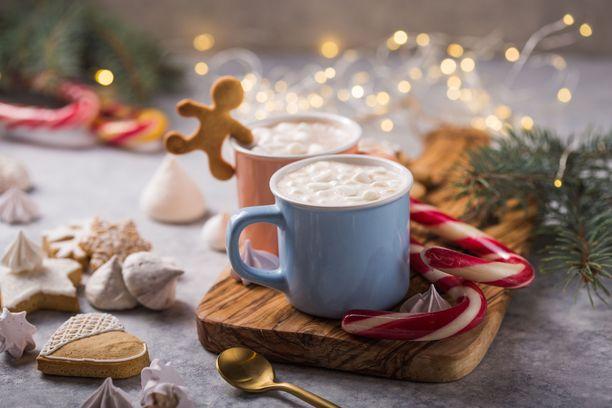 Joulu saa jo näkyä ja maistua kahvissa.