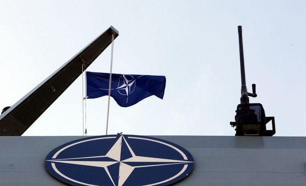 Naton Varsovan kokouksessa helmikuussa 2017 päätettiin lisätä puolustusliiton sotilaallista läsnäoloa sen itäisissä jäsenmaissa.