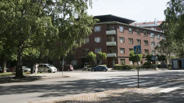 Smithin asunto sijaitsee Etu-Töölössä, joka kuuluu Helsingin kalleimpiin asuinalueisiin.