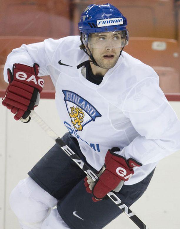 Tuomo Ruutu luottaa siihen, että kuntoutuu Vancouverin olympialaisiin mennessä.