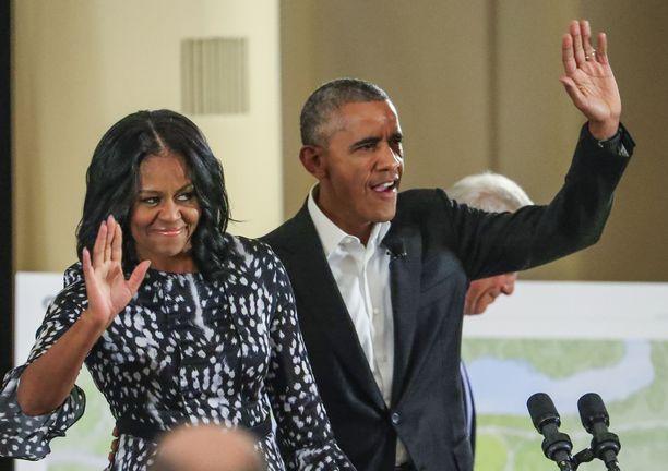 Yhdysvaltojen entinen presidentti Barack Obama ja hänen puolisonsa Michelle Obama ovat solmineet monivuotisen sopimuksen Spotifyn kanssa.
