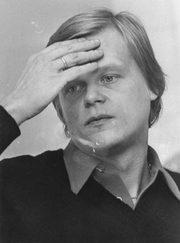 Alpo Suhosen ajatuksia ei aina ymmärretty Suomessa. Häntä suorastaan pilkattiin.