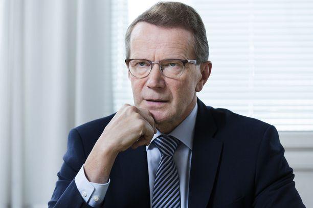 Metsähallituksen pääjohtaja Pentti Hyttinen jättää tehtävänsä.