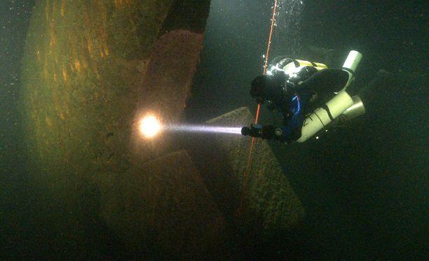 U-745 katosi tammikuussa 1945.