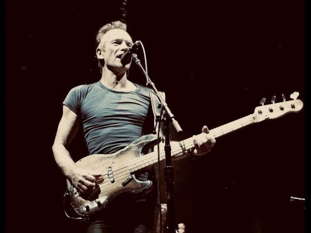Newcastlelaissyntyinen Sting on tehnyt pitkän ja näyttävän uran rockmusiikin huipulla. Vuonna 1977 Andy Summersin ja Stewart Copelandin kanssa perustettu The Police nousi yhdeksi 80-luvun merkittävimmistä rockyhtyeistä. Yhtye julkaisi viisi studioalbumia, voitti kuusi Grammya ja nostettiin vuonna 2003 The Rock and Roll Hall of Fameen.
