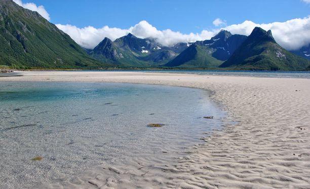 Äkkiseltään trooppiselta paratiisilta näyttävä lahdelma löytyykin Pohjois-Norjasta.
