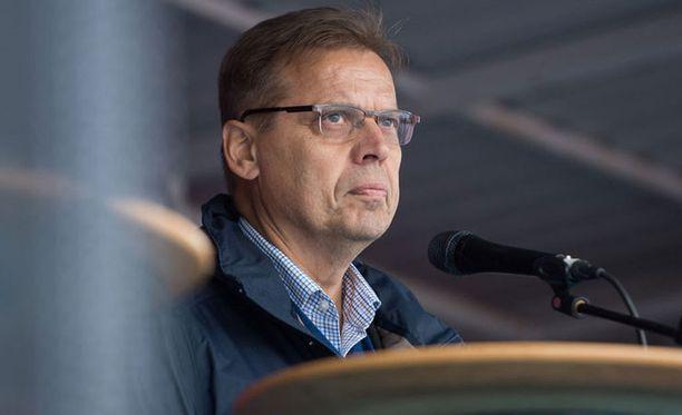 Lauri Lyly.