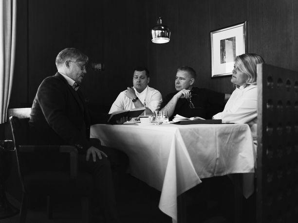 Espan taustalla on Financier Group, jonka omistajia ovat Jyrki Sukula, Eero Vottonen, Saku Tuominen ja Helena Puolakka.