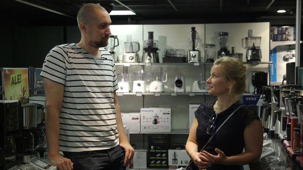 Miina ja Heikki ostivat ohjelmassa yhdessä kahvinkeittimen.