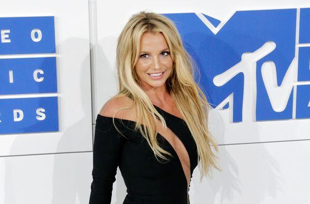 Britney Spears on käynyt holhoustaistelua isäänsä vastaan jo pitkään.
