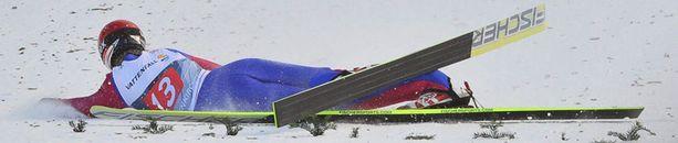 Ville Larinnon kilpailukausi päättyi uuteen vuoteen.