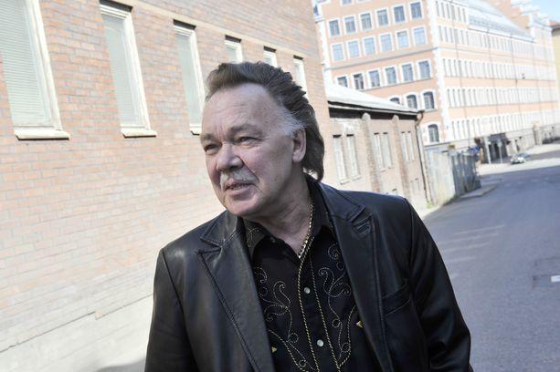 Kari Tapio teki pitkän ja merkityksellisen uran suomalaisuuden äänenä.