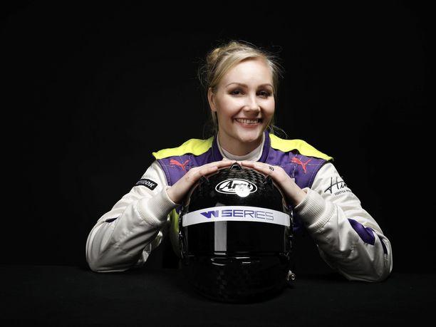Emma Kimiläinen pääsee viimein takaisin W Series -radoille Saksassa.