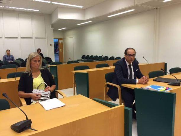 Heikki Lampelan uusia syytteitä puitiin toukokuussa Espoon käräjäoikeudessa. Uhrina oli Lampelan naisystävä Hanna Kärpänen.