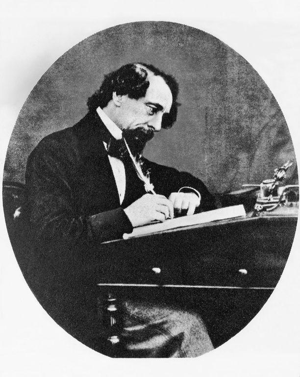 Charles Dickens huolehti Nellyn toimeentulosta kuolemansakin jälkeen. Hän testamenttasi tälle rahaa.