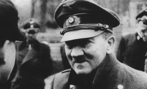 Toisen maailmansodan aloittaneen Adolf Hitlerin uskotaan kuolleen bunkkerissaan 1945.