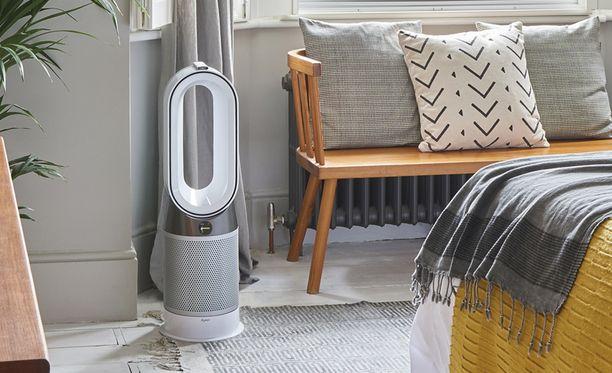 Ilmanpuhdistaja on vajaa 80 senttimetriä korkea ja painaa 5,7 kiloa.